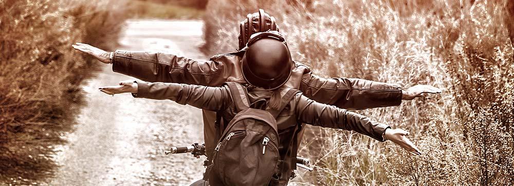 casque moto jet en ballade