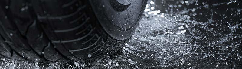 rouler par temps de pluie