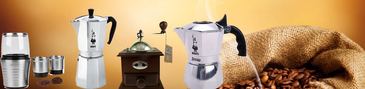 cafetiere italienne et moulin à café